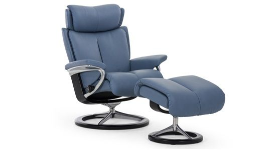 Ekornes Stressless Magic Recliner & Ottoman (Signature)